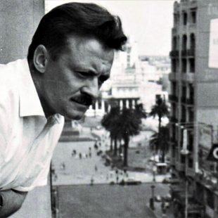 Los cien de Mario Benedetti: del póster y el fervor popular a un presente de fama austera